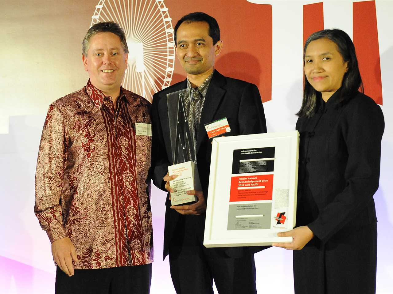 "Presentation of Holcim Awards 2011 Acknowledgement prize for ""Community structure to encourage …"