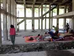 Providing a temporary shelter following earthquake
