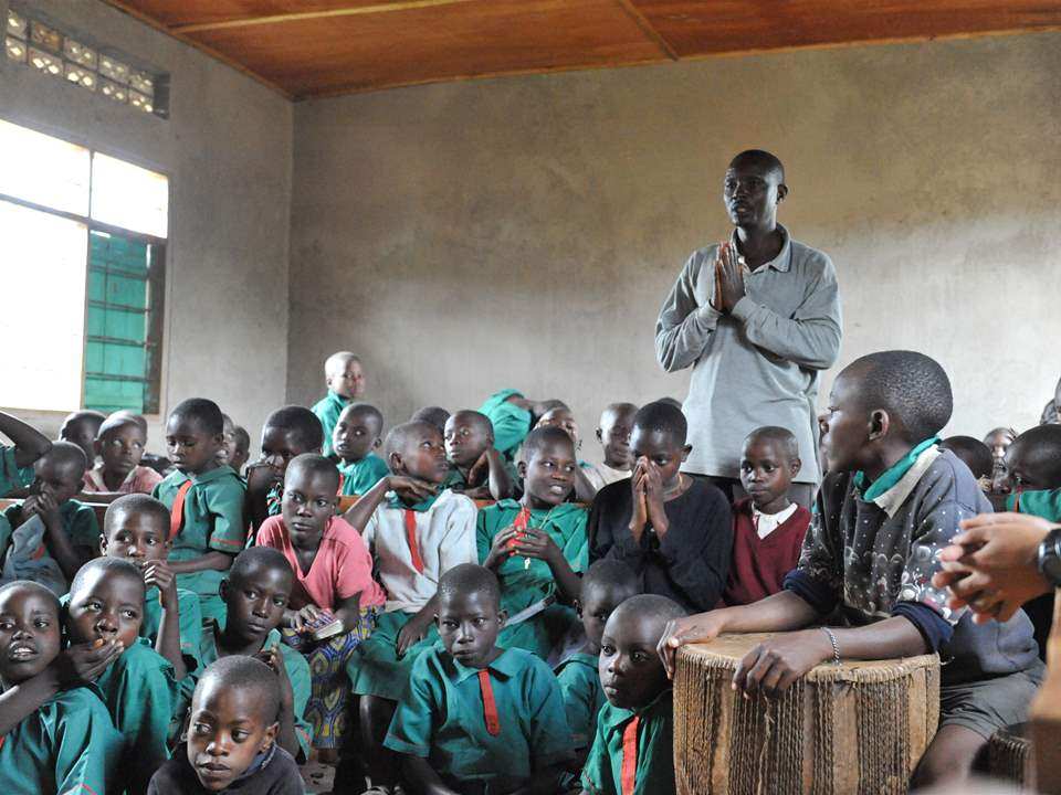"Project update 2011 - ""Low-cost school and home for HIV orphans, Rakai, Uganda"": The project to …"