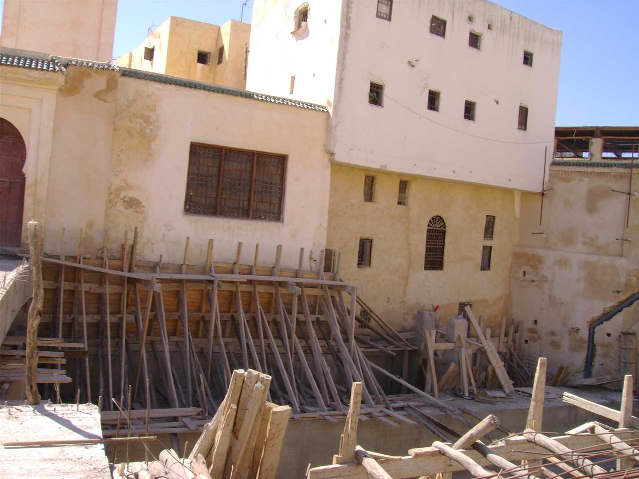 "Project update 2010 - ""River remediation and urban development scheme, Fez, Morocco"": Adjacent …"