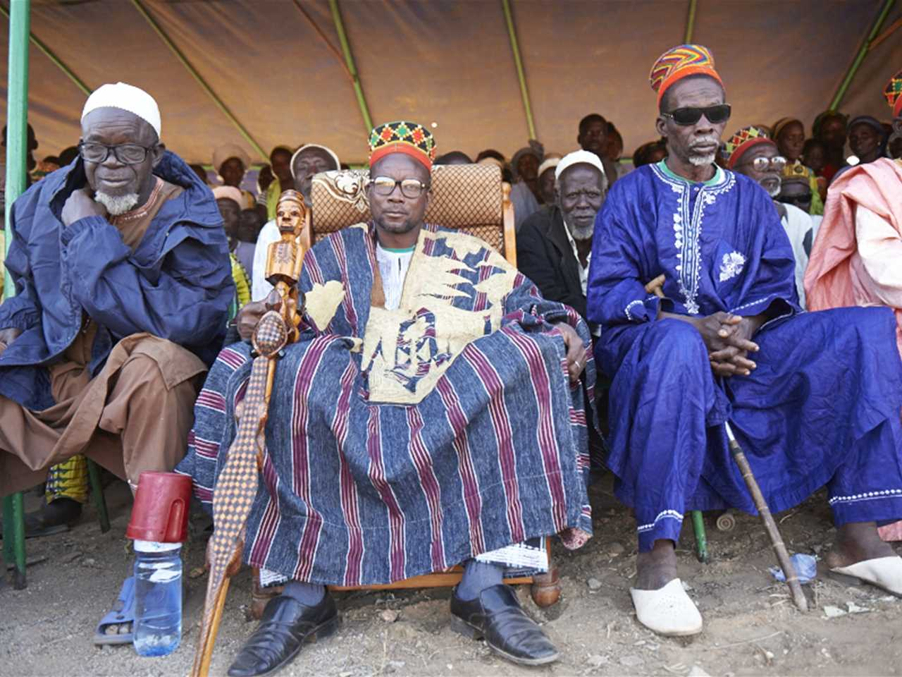 Chiefs of the Gando village, and representatives of regional and local authorities, politics, …