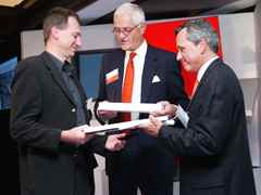 Holcim Awards Acknowledgements 2005 North America: Martin Werminghausen (l.) accepting prize on …