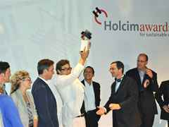 "Global Holcim Awards Silver 2012 for ""Urban remediation and civic infrastructure hub"" in São …"