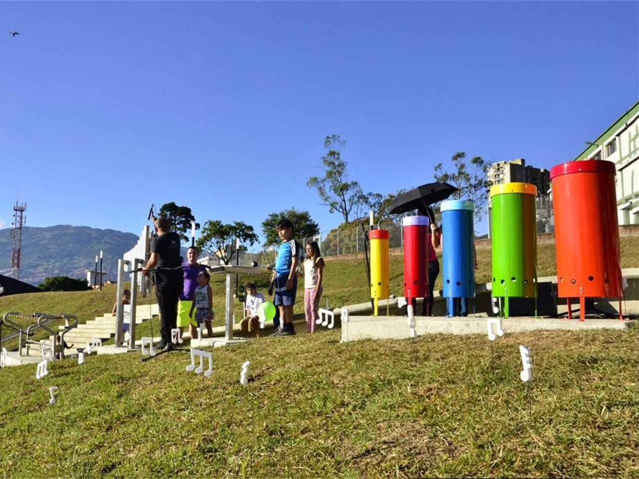 Project update December 2015 – Articulated Site: Water reservoirs as public park, Medellín, Colombia