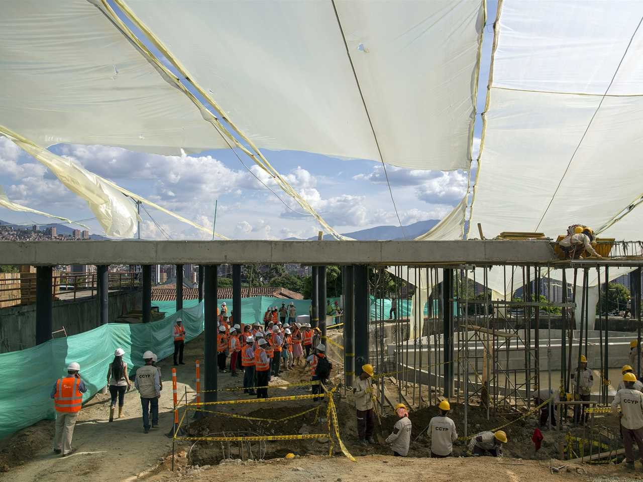 Global Gold Awards 2015 prize handover – Visiting tour at the gold-winning UVA Orphelinato