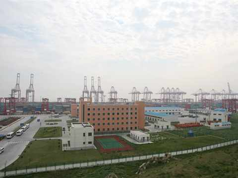 Mobile Workshop 3: Infrastructural Tour - Pudong new city and Yangshan deepwater port