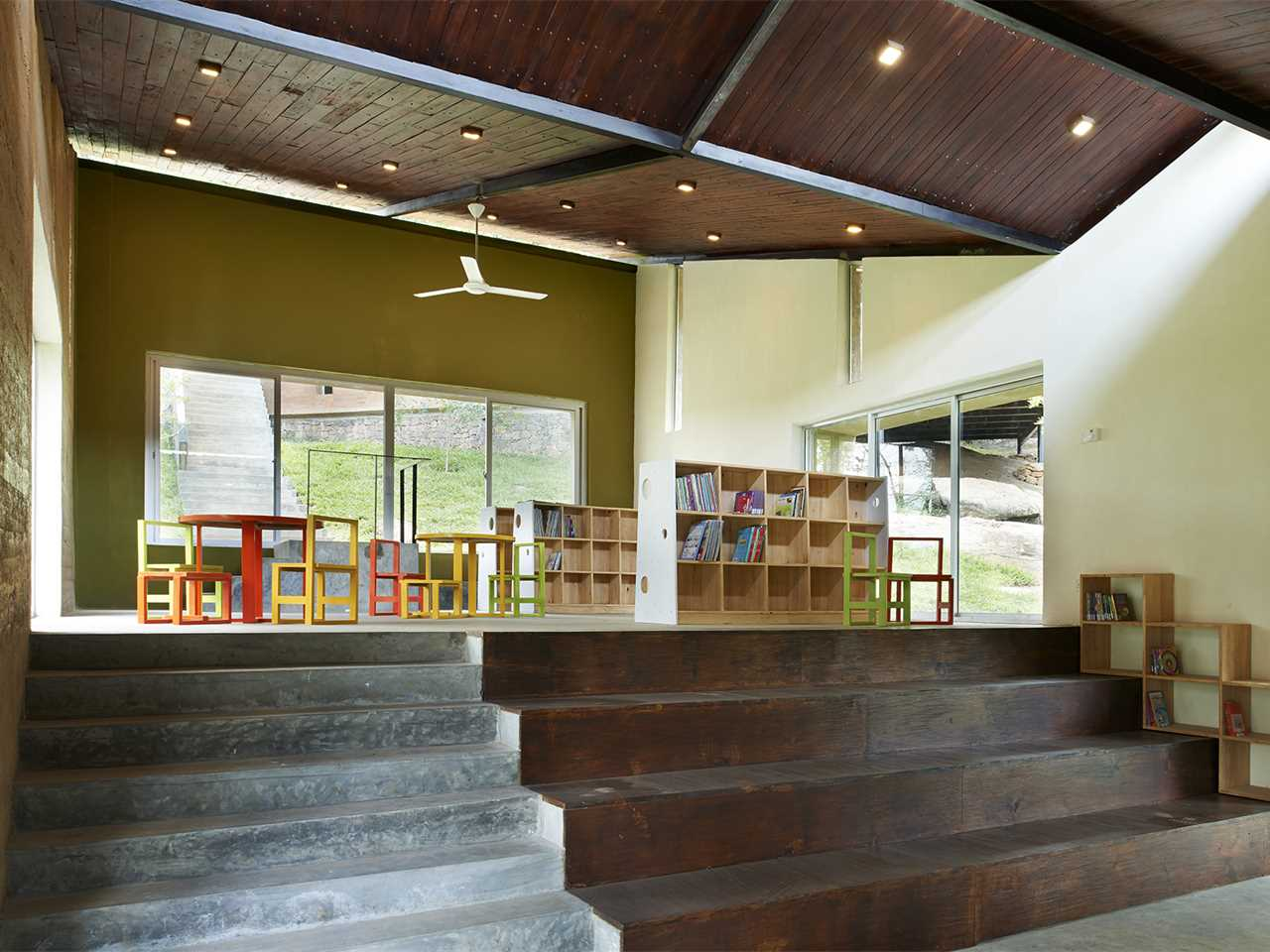 Project update November 2015 – Post-War Collective: Community library and social …