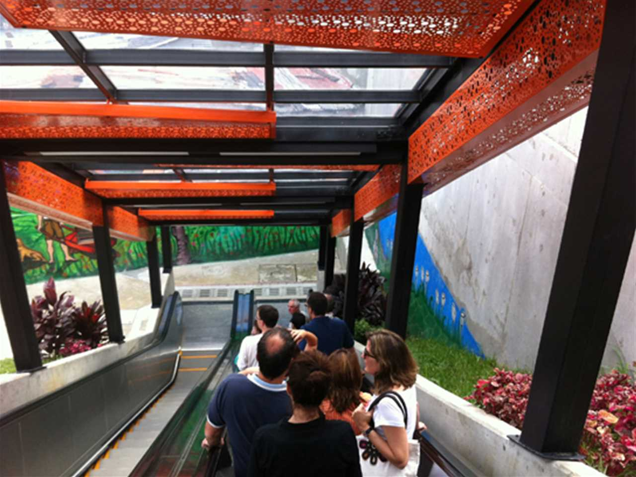 Project update January 2013 – Urban integration of an informal area, Medellín, Colombia